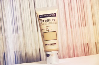 Ny foundation Maybelline Affinitone