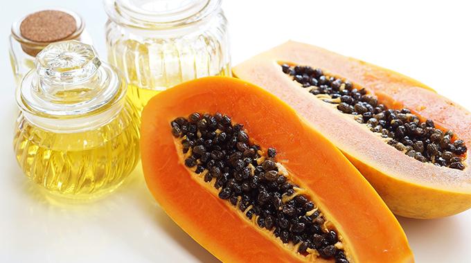 En dråpe fra tropene – papayafrøolje – effekt, bruk, meninger